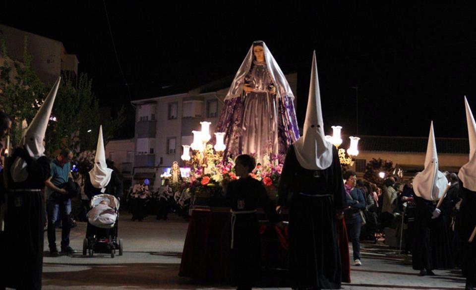 """Santos en """"Rilera"""" y Mesa de los Discípulos, fervor y tradición de la mano en Villafranca"""