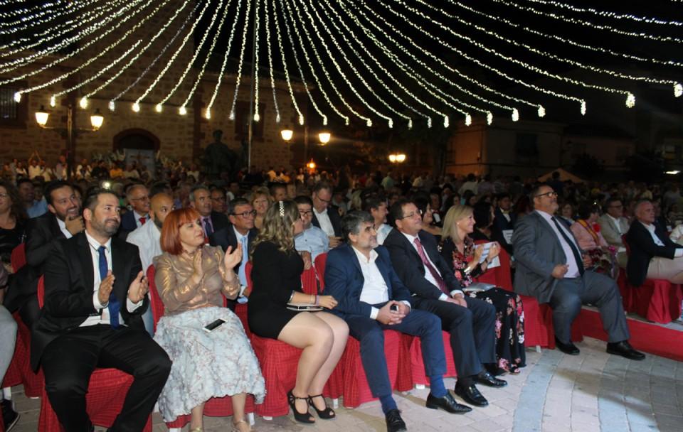 """Cristino Ortuno pregona las fiestas de Villafranca con su particular """"Club de la Comedia Manchego"""""""