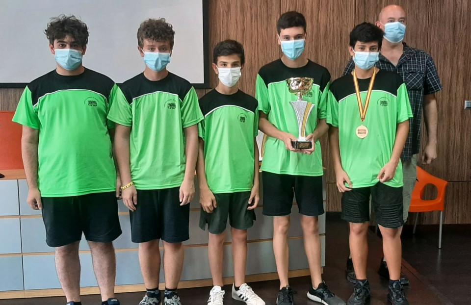 El equipo juvenil de Nuestro Ajedrez en Europa, subcampeón de Castilla -La Mancha